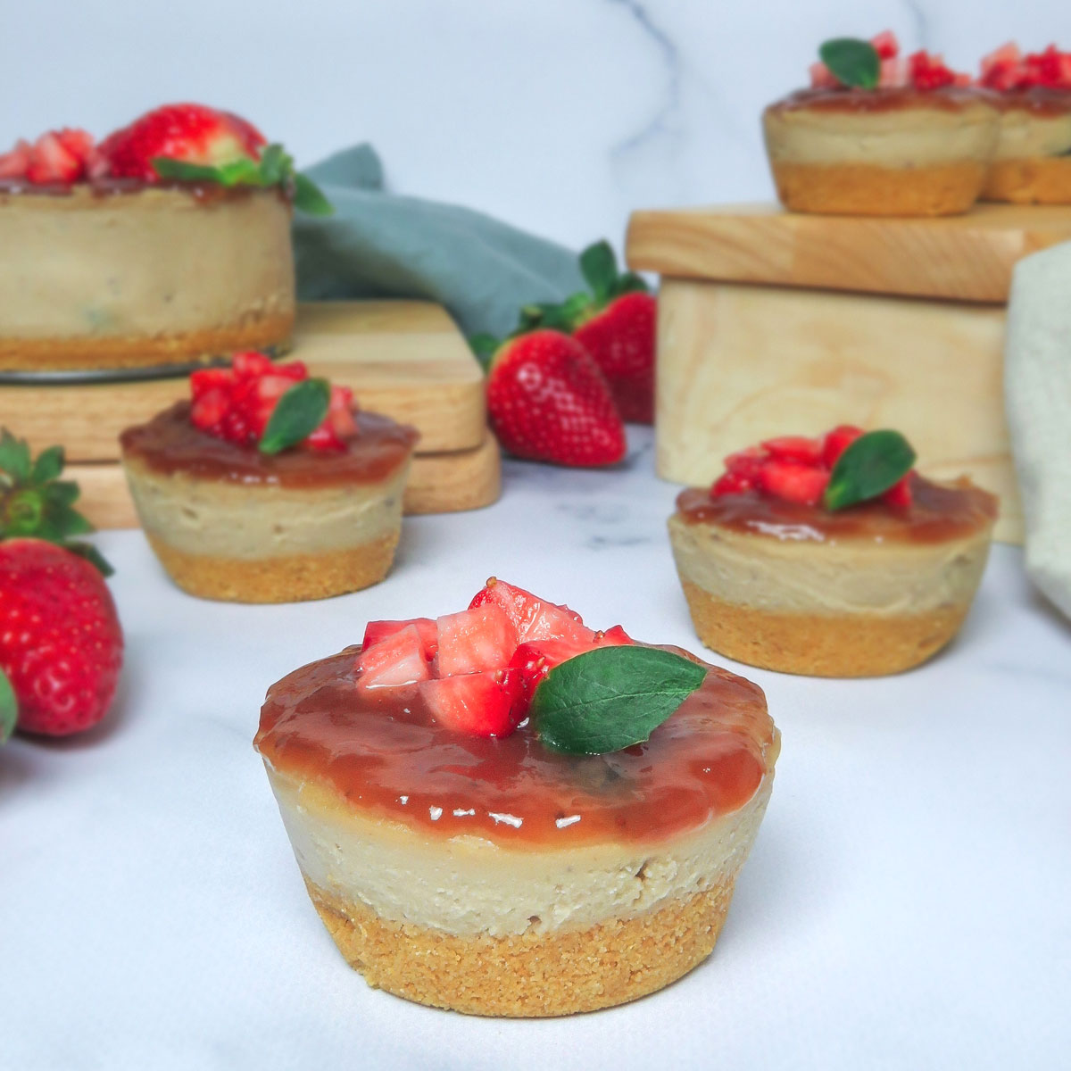 Mini cheesecakes veganos de chocolate blanco