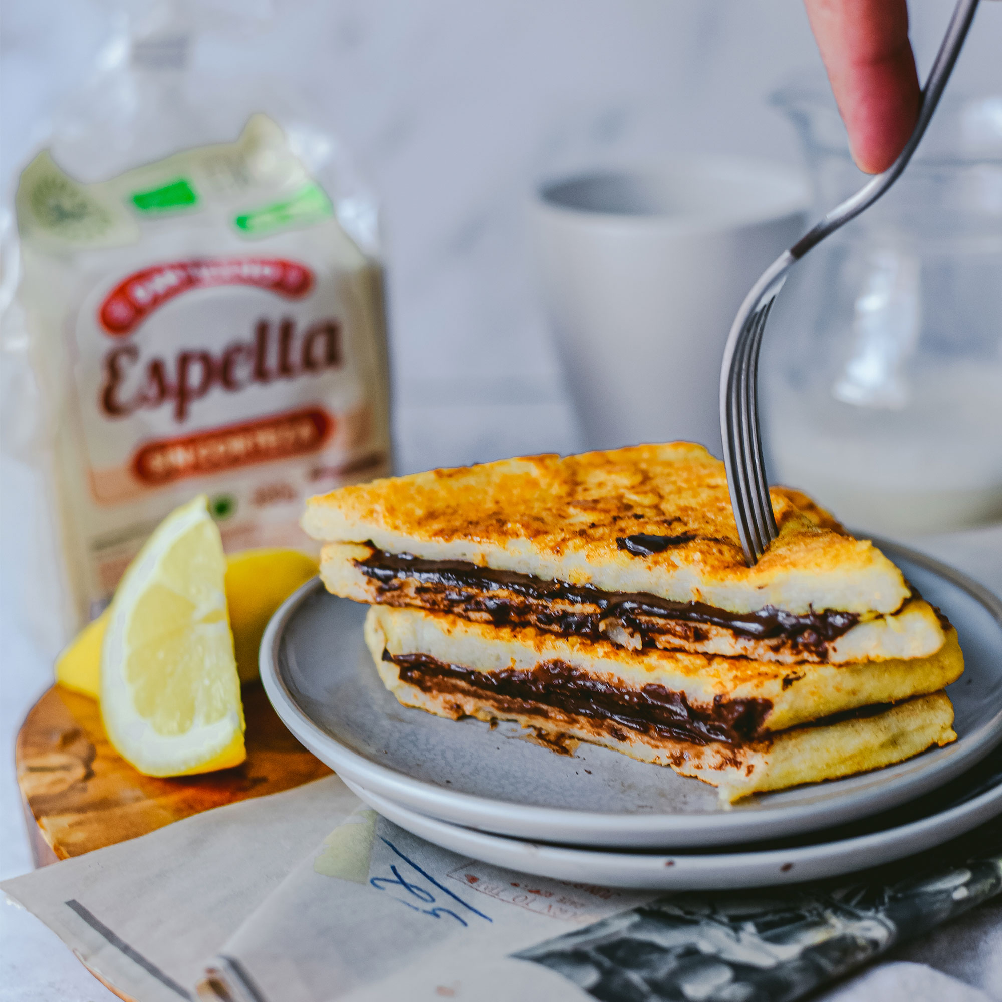 Sandwich de torrijas y crema de cacao